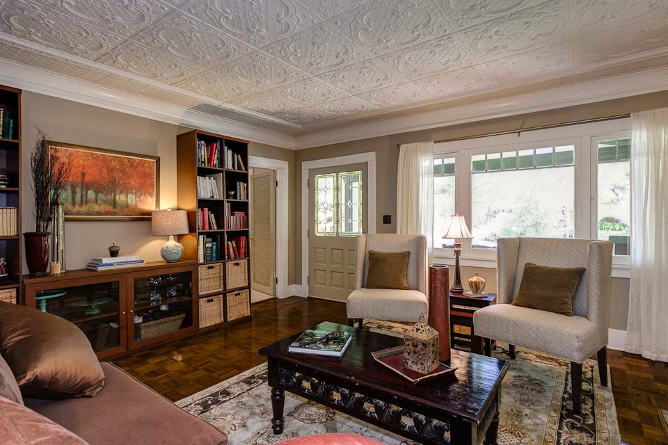 Living room craftsman in pasadena hooked on houses for Klaus k living room