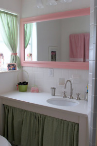 pink and green girls bath after