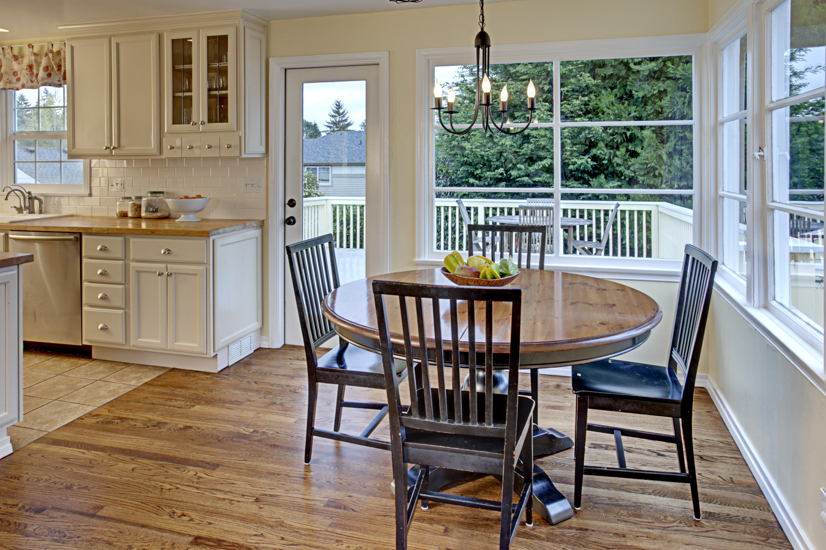 Cape cod kitchen in seattle hooked on houses for Cape cod remodel ideas