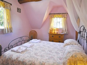 Fig Tree Cottage for sale-bedroom