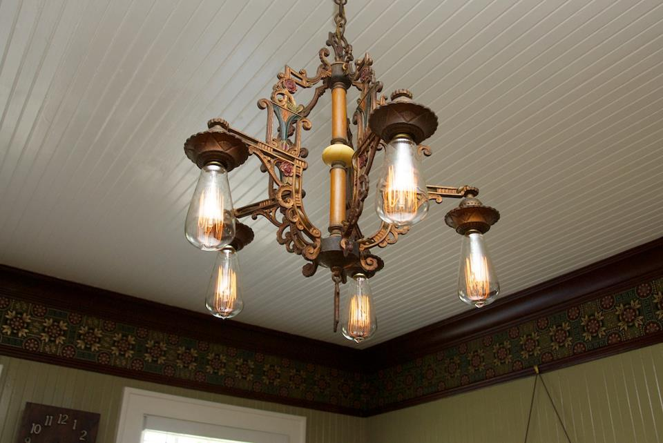 Ceiling Light Fixture Dining Room : Antique light fixture in dining room hooked on houses