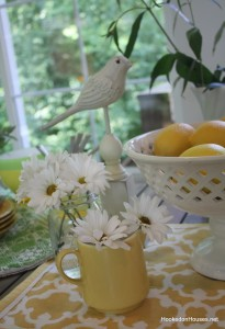 daisies lemons bird