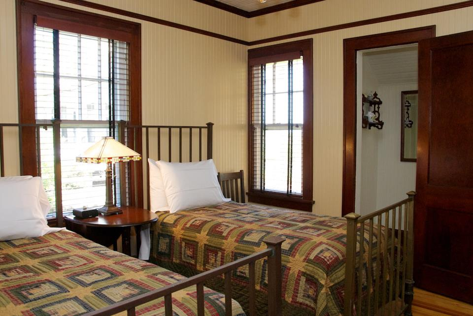 Twin Beds Bedroom At Croatan Cottage