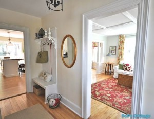 SoPo Cottage foyer