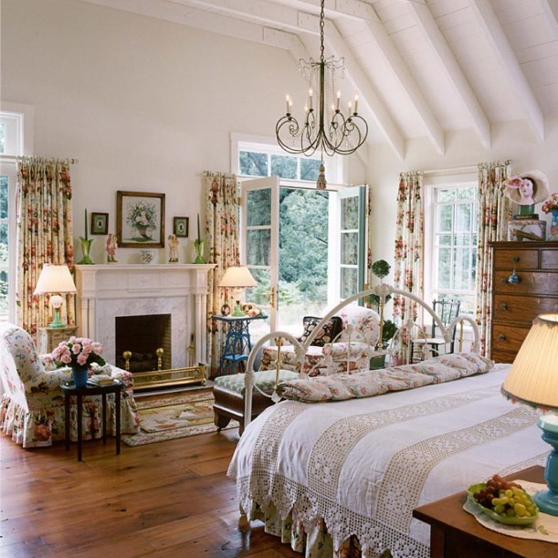 Designer Suzy Stout 39 S French Country Farmhouse In Illinois Hooked On Houses