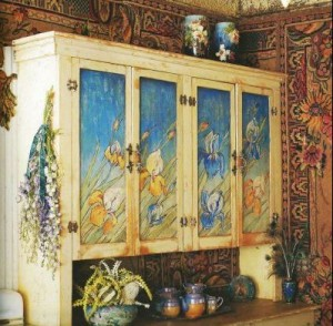 painted hutch in kitchen