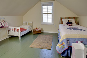 Cape Cod Seattle-child's bedroom