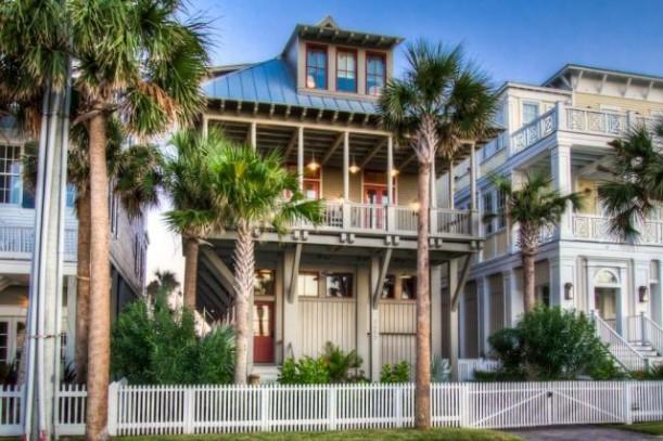 A Galveston Beach House On Seaside Drive