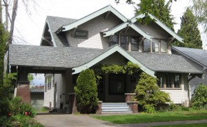 Laurelhurst 1912 Craftsman exterior before reno