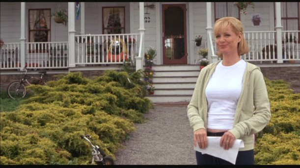 front porch of farmhouse in Cheaper by the Dozen movie