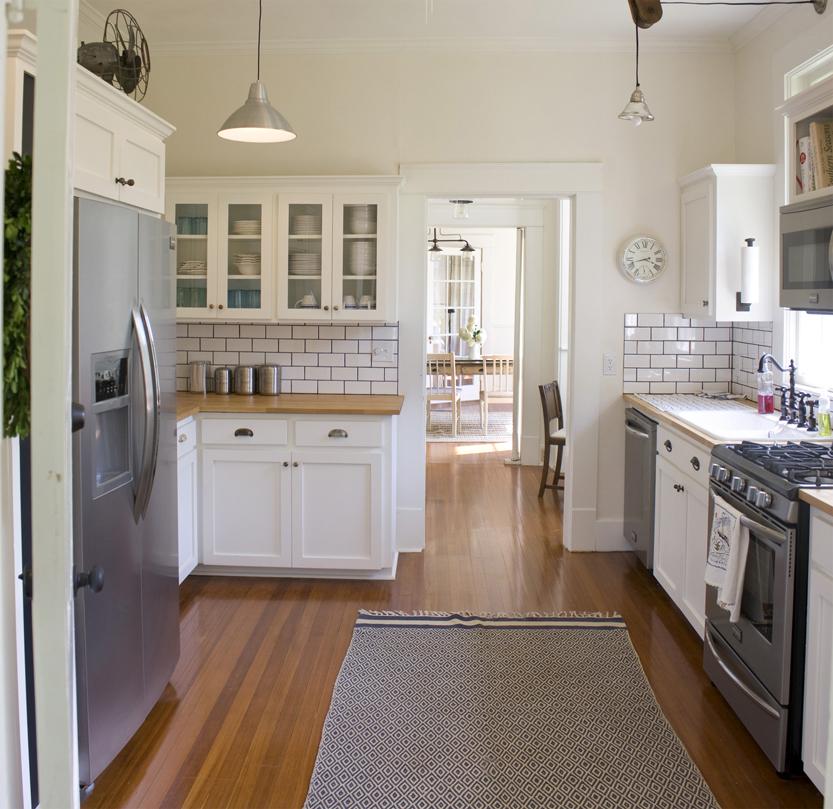 Bungalow Kitchen: Erin's Craftsman Cottage In Laurel Mississippi (4