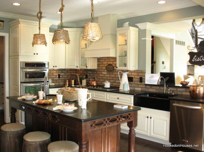 Fischer Wheatland model-kitchen - Hooked on Houses