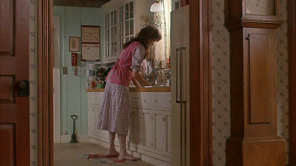 kitchen in Beetlejuice house