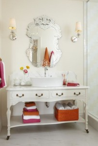 Sarah's House Season 4 bathroom vanity