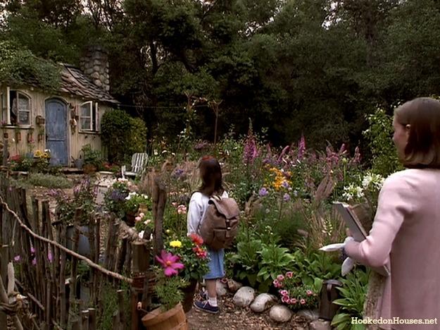 the cottage garden in front of Miss Honey\'s cottage in Matilda movie