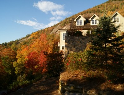 Lisa's Cozy Mountain Hideaway in Fall