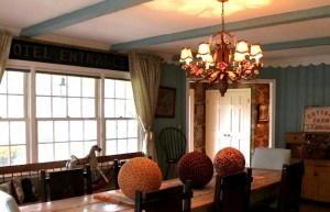Renita's dining room after-antique signs