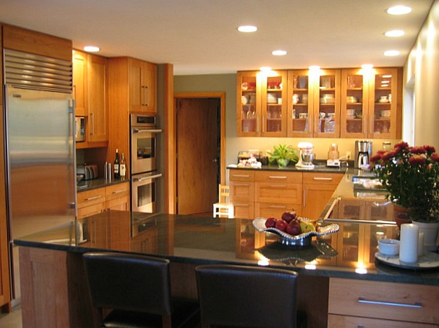 A view of a kitchen