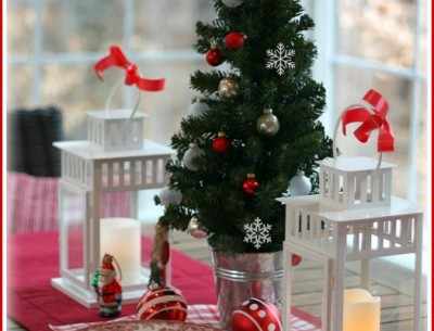 My House: Bringing Out the Red & White for Christmas