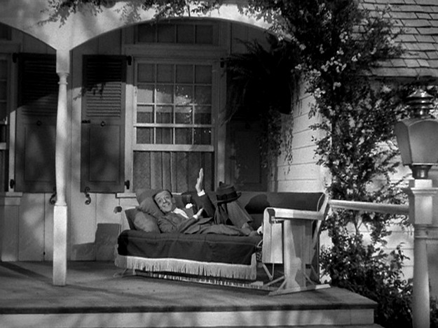 Fred Astaire on front porch of Holiday Inn
