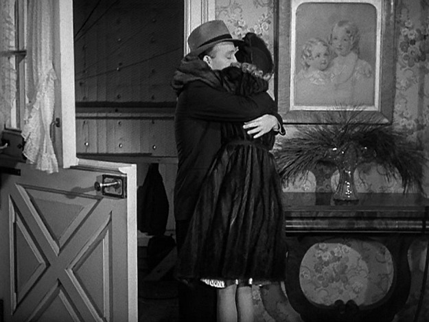 Jim and Linda embrace in Holiday Inn finale