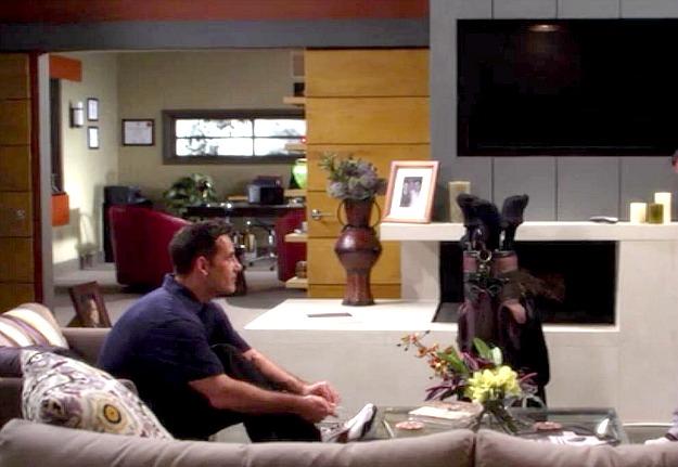 Alec Rybak's house-The Lying Game-fireplace