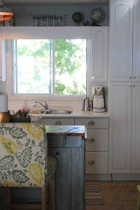 Chania's cottage kitchen after makeover 4