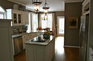 Julie's kitchen after makeover (4)