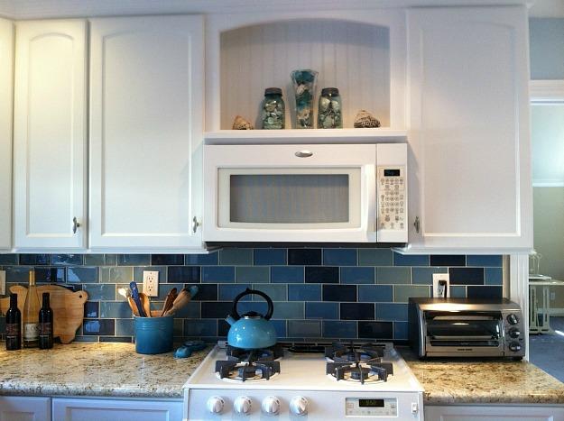 Lisa's kitchen with blue tile 2