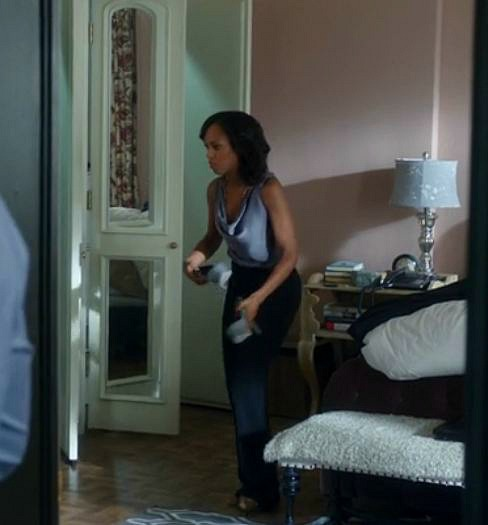 Olivia's bedroom on Scandal-closet doors