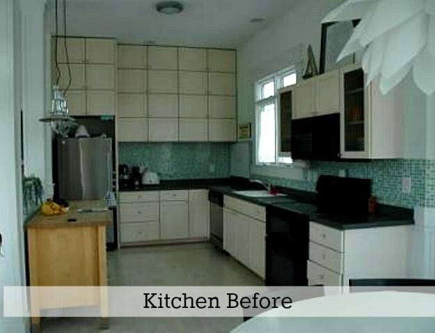 Rie's kitchen before reno