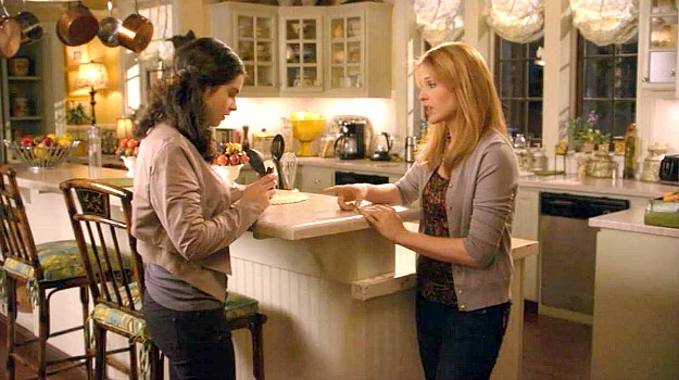 Switched at Birth kitchen 9