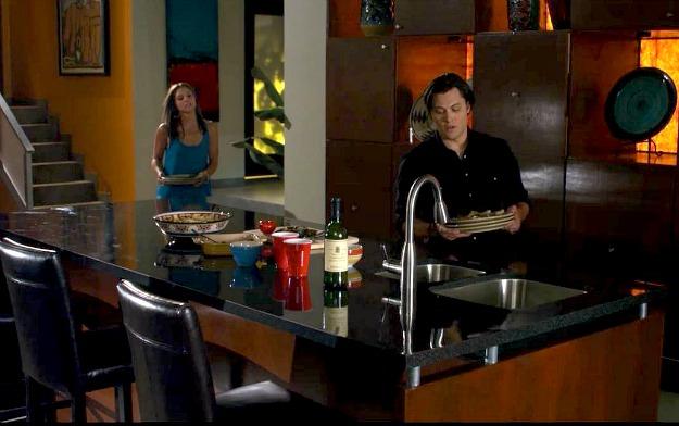 The Lying Game-Mercer house kitchen 3