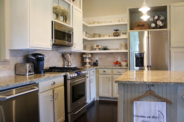 Tricia's cottage kitchen makeover