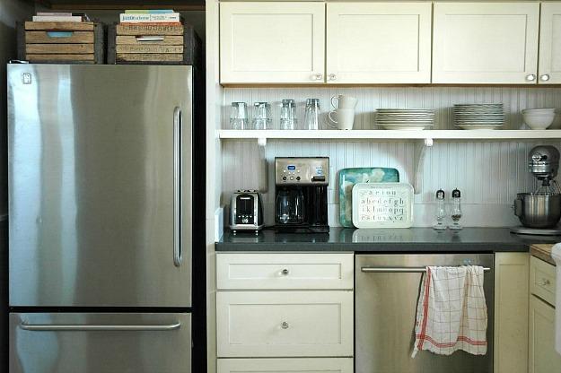 beadboard backsplash Rie's kitchen
