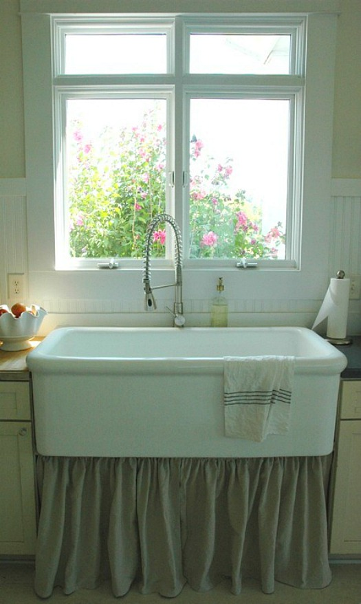 farmhouse sink-Rie's house