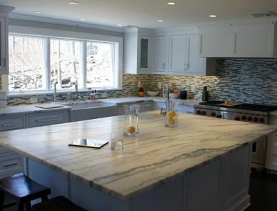 Cari's white kitchen marble island