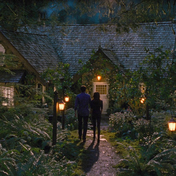 Edward and Bella cottage in the woods