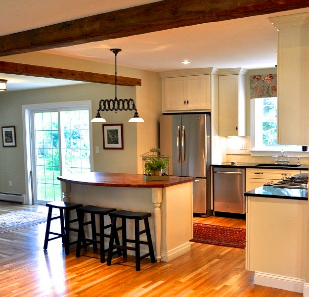 Before And After Of This Beautiful Open Concept Kitchen: Turning A Small Ranch Into A Two-Story House