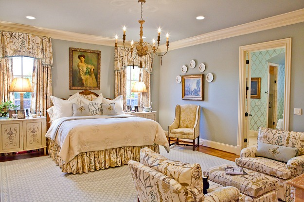 Cooper Creek Lane bedroom