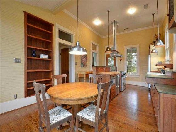10801-Schmidt-Lane Texas restored farmhouse for sale (12)
