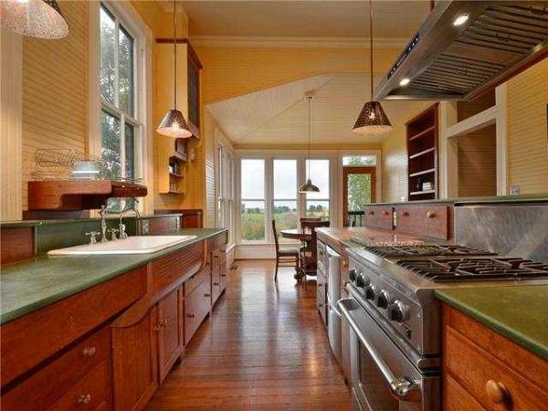 10801-Schmidt-Lane Texas restored farmhouse for sale (7)