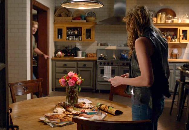 savis kitchen on tv show mistresses abc 17 - The Kitchen Tv Show