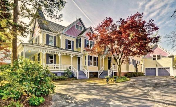 Brady House Kenilworth Garrett Park MD Victorian (20)