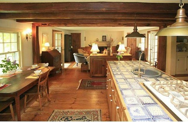 An Old Post and Beam Farmhouse in Hopewell