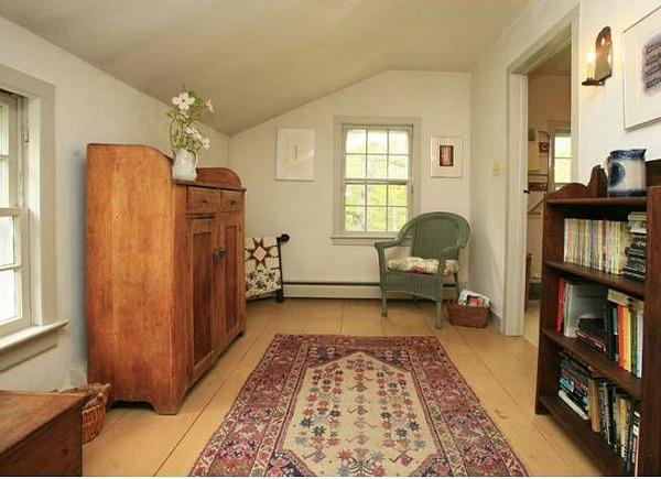 32 Stony Brook Hopewell NJ 1800s Farmhouse For Sale (6)