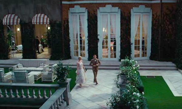 Tom and Daisy Buchanan's house East Egg Great Gatsby (16)