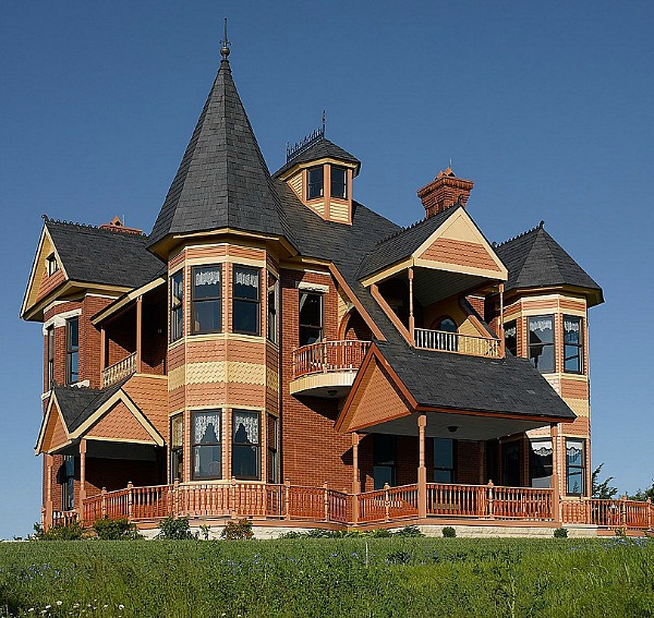 A queen anne victorian designed in 1885 but built in 2002 for Victorian era house plans