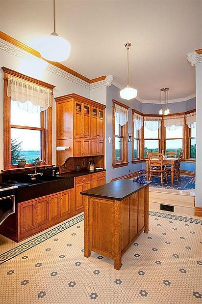 Castle Victorian in Nebraska for Sale (6)