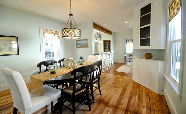Dining room in SoPoCottage New Englander AFTER